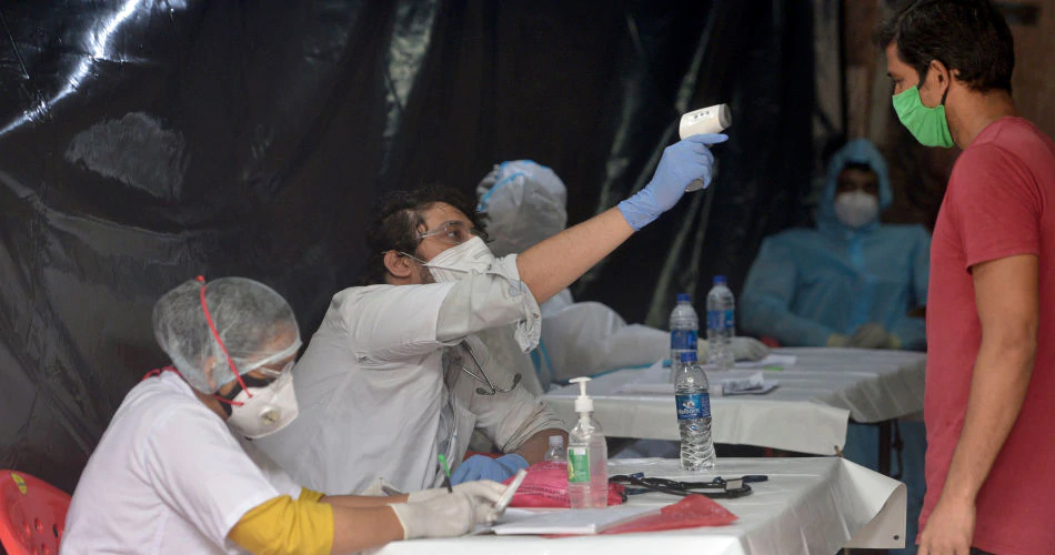 Covid vaccination in India शुरू किय