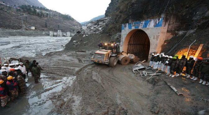 Uttarakhand Glacier Burst : भयावह होता तबाही का मंजर यदि ऋषिगंगा पर बनने वाले  3 बांधों पर सुप्रीम कोर्ट रोक न लगाता