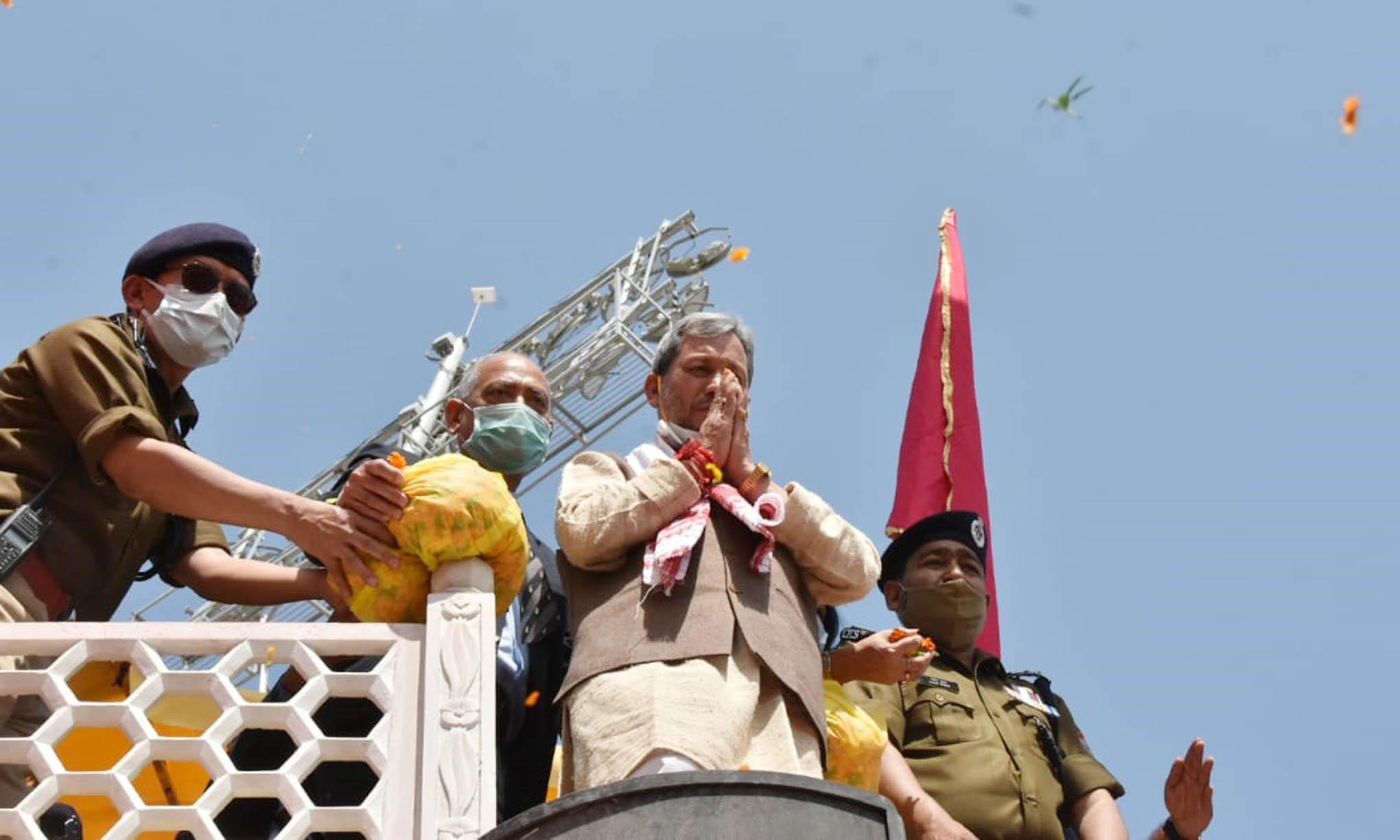 Chief Minister Shri Tirath Singh Rawat reached Har ki Paidi Haridwar