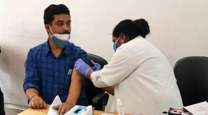 मुख्यमंत्री तीरथ सिंह रावत के निर्देश पर पत्रकारों का टीकाकरण